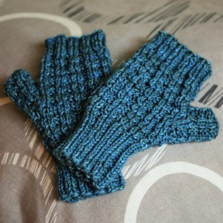 Waffle Mitts out of Tosh DK in Worn Denim