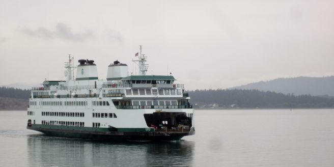 2560px-mv_samish_arriving_in_anacortes